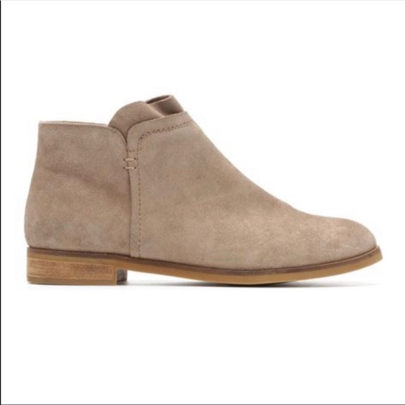 Tan Suede Flat Ankle Boots Fannia